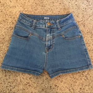 BDG high waisted jean shorts 25